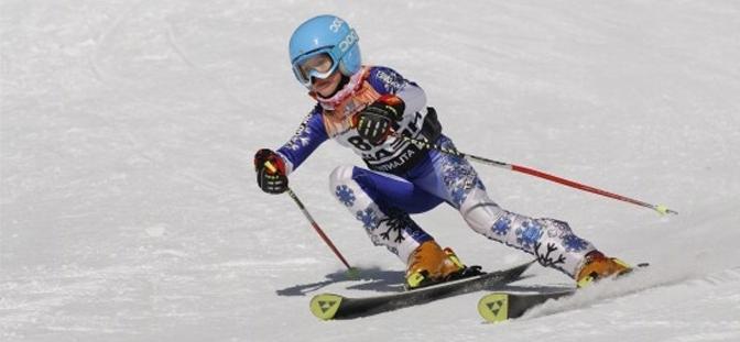 Kind - Skifahrer – Rennen in Spindlermühle