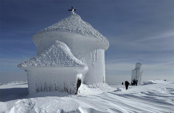 Sněžka v zimě